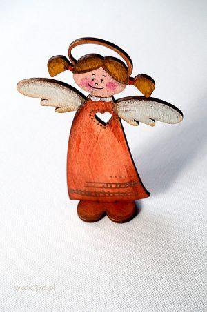 Aniołek stojący - wycinany laserowo i ręcznie malowany. Trzy różne sylwetki aniołków moga stanowić komplet.