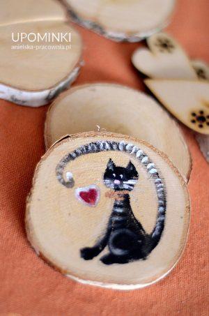 Magnes z kotkiem ręcznie malowanym