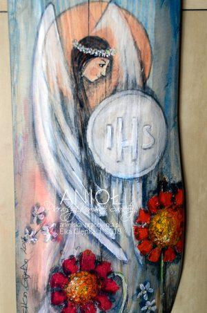 Anioł Pierwszej Komunii Świętej to wspaniały prezent dla dziewczynki na komunię