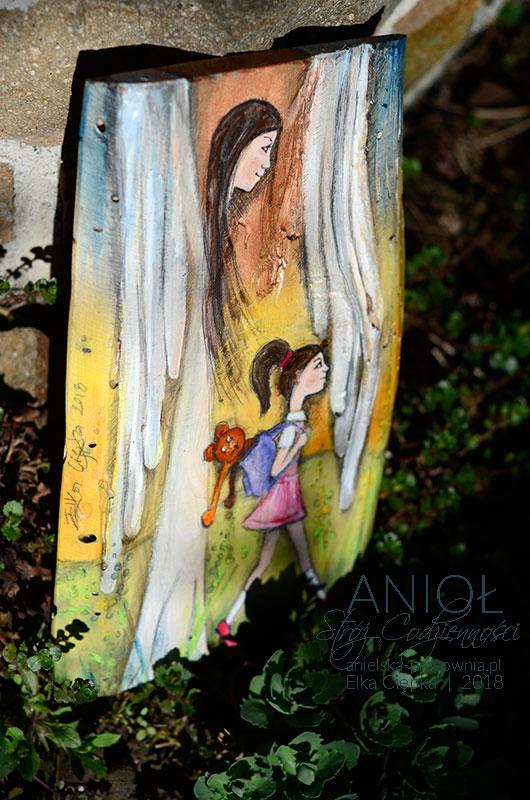 Anioł Stróż Codzienności pilnuje dziecko w każdym momencie życia, w kazdej sekundzie i na każdym zakręcie - zawsze i codziennie