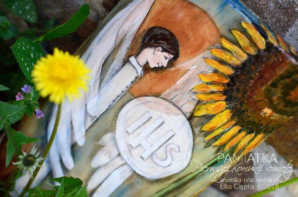 Anioł ręcznie malowany na drewnie - oryginalna pamiątka Pierwszej Komunii Świętej dla chłopca